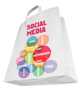 papieren tas met Social Media erop - afbeelding bij de blog Wat doet een Social Media Manager?