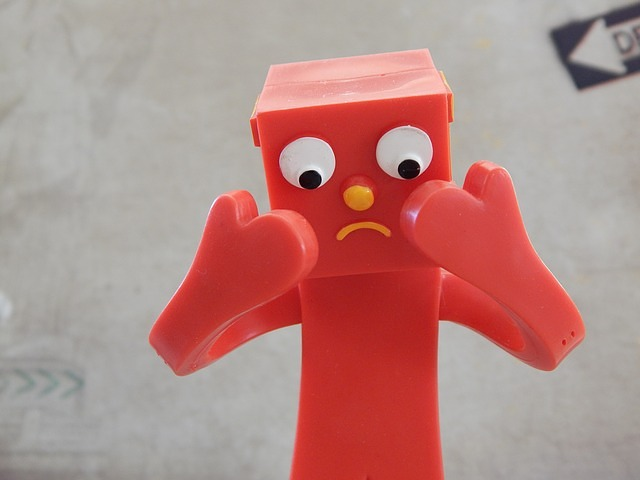 rood poppetje dat niet blij kijkt - afbeelding bij blog over vaker bloggen