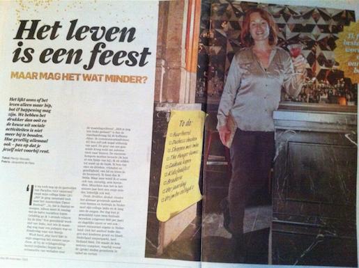 foto van krantenartikel Het leven is een feest