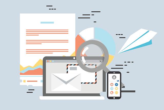 illustratie van laptop, smartphone en e-mail op pagina over conversie optimalisatie & SEO abonnement